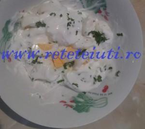Oua prepelita cu sos alb 300x267 Oua de prepelita cu sos alb